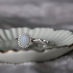 Leah Alexandra Moonstone Antiquity Ring Silver